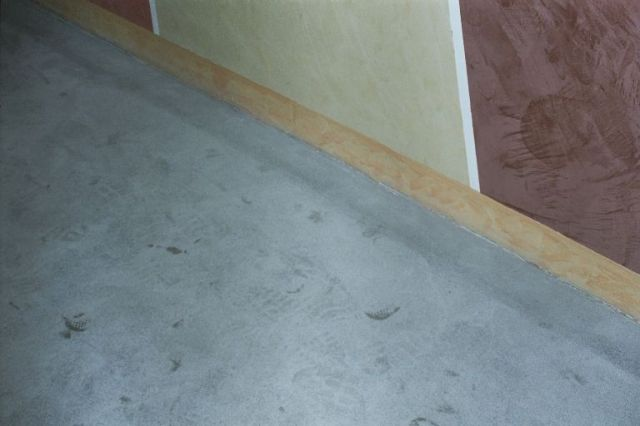 hochwertige baustoffe betonboden selbst schleifen. Black Bedroom Furniture Sets. Home Design Ideas